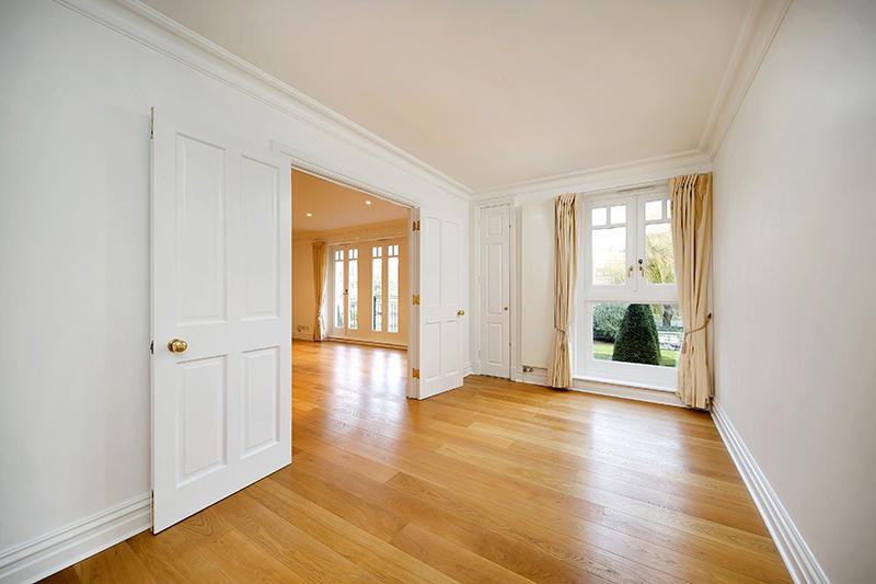 3 Lawley House