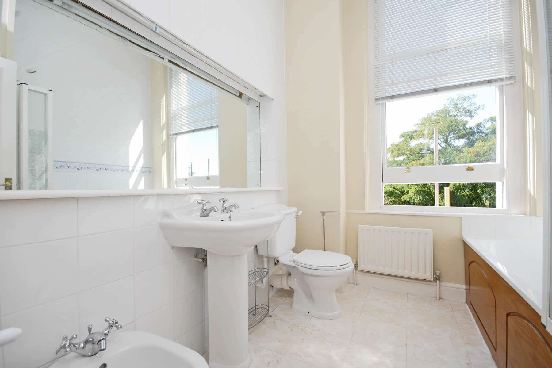 CLCR 6 Park House TW10 Bathroom-1 LR